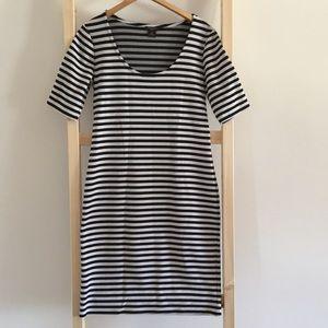 Anne Tayler Striped Body-Con 3/4 Sleeve Dress